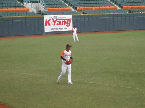 20091114協會盃立德大學vs台中威達 014.jpg