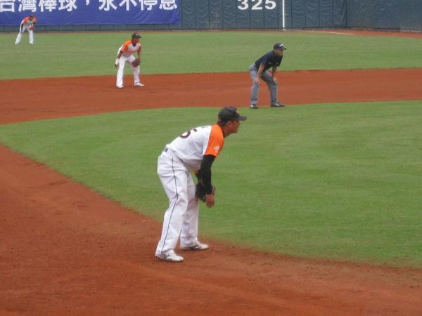 20091114協會盃立德大學vs台中威達 008.jpg