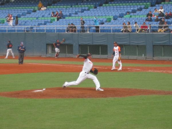 20091114協會盃富邦公牛vs美孚巨人 004.jpg