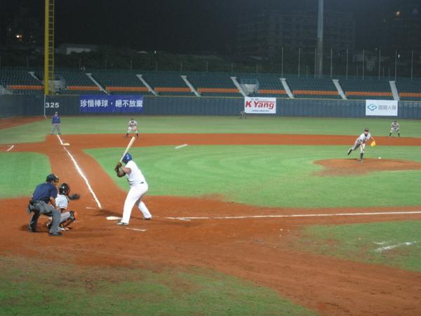 20091114協會盃富邦公牛vs美孚巨人 033.jpg