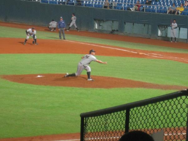 20091114協會盃富邦公牛vs美孚巨人 085.jpg