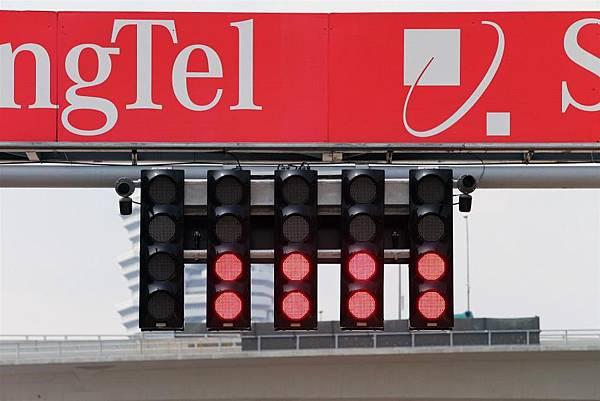 F1起跑燈