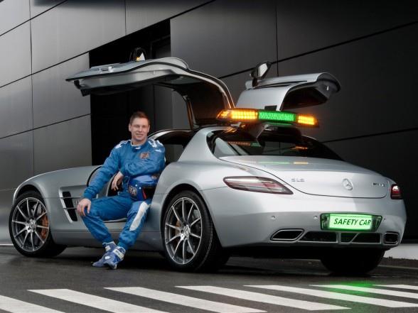 F1安全車正駕駛Bernd Maylander-1.jpg