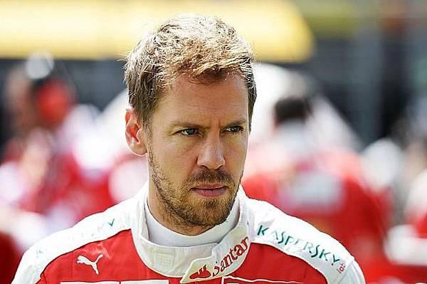 人在屋簷下不得不低頭的Sebastian Vettel