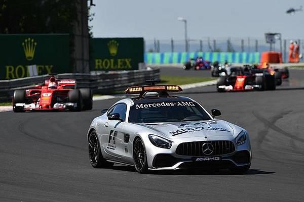 2017 F1 Safety Car-Mercedes AMG GTS執勤中