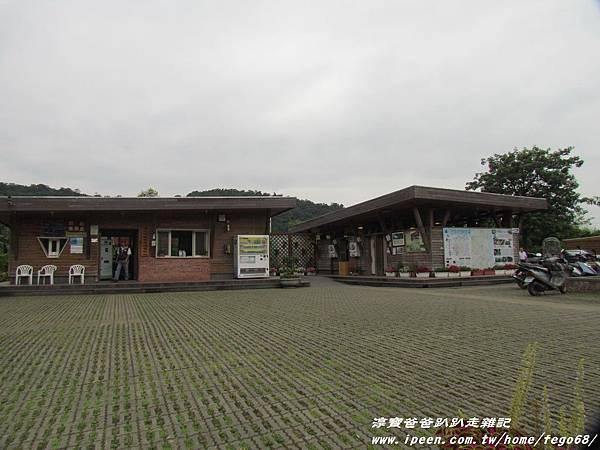 梅花湖 01.JPG