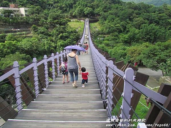 碧山嚴 白石湖吊橋09.JPG