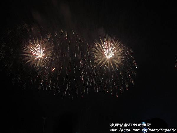 國慶煙火-南寮魚港058.JPG
