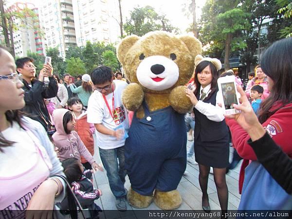 2013泰迪熊台中樂活嘉年華 014.JPG