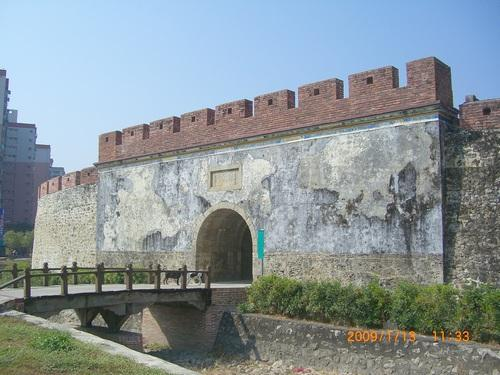 左營城門-鳳儀門