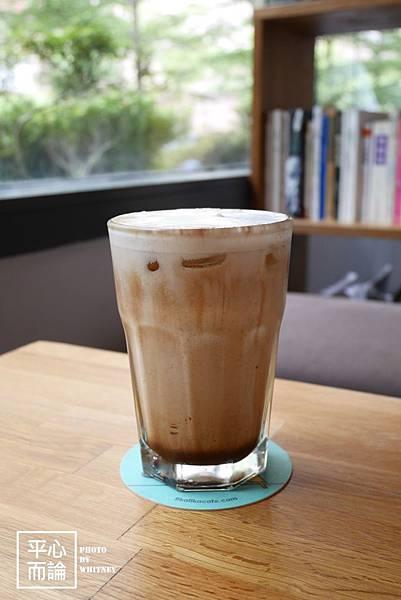 Fika Fika Cafe (3)