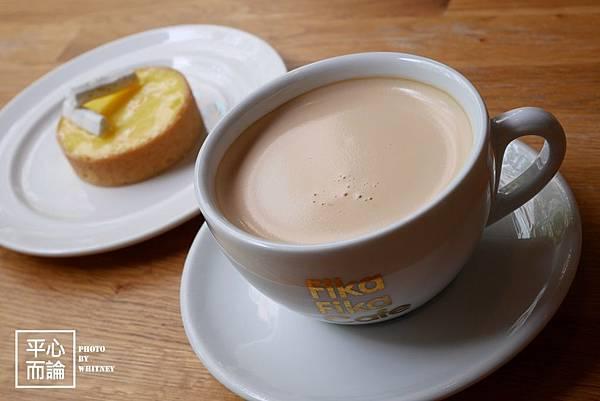 Fika Fika Cafe (8)