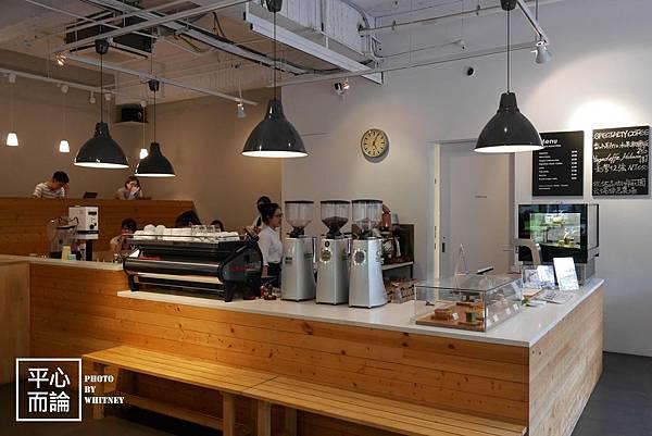 Fika Fika Cafe (20)