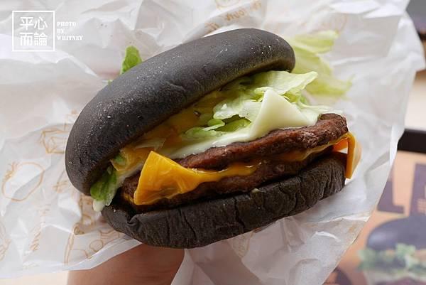 麥當勞雙牛起司黑堡 (5)