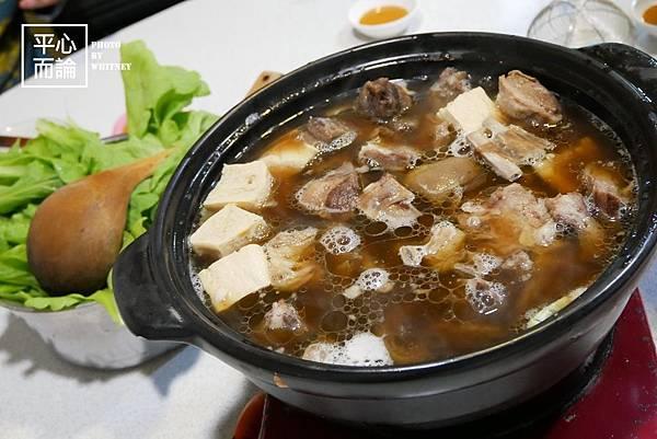 蕃薯岡山羊肉爐 (7).JPG
