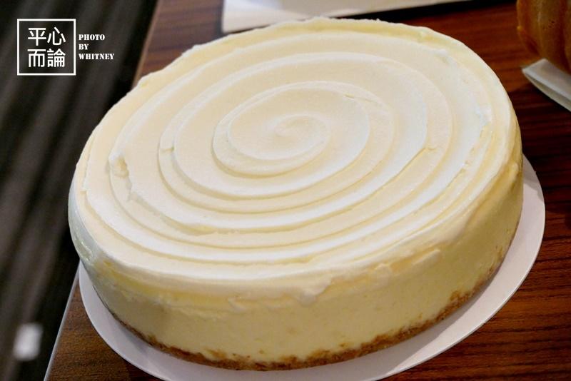 鋼琴師%26;法式甜點 冰雪奇緣(Frozen) 絕對重乳酪蛋糕.JPG