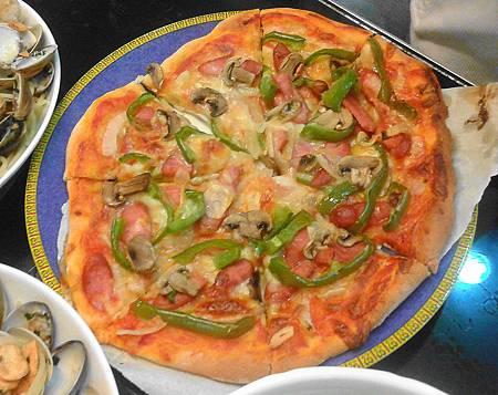 美式臘腸pizza