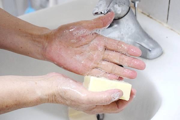 富含乳油木果脂-天然手工皂推薦