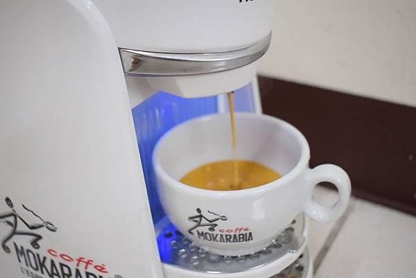 義大利膠囊咖啡機 MOKARABIA (12)