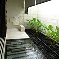戶外淋浴間