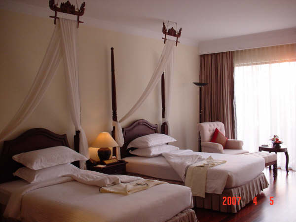 13 Angkor Palace Resort & Spa Hotel.JPG