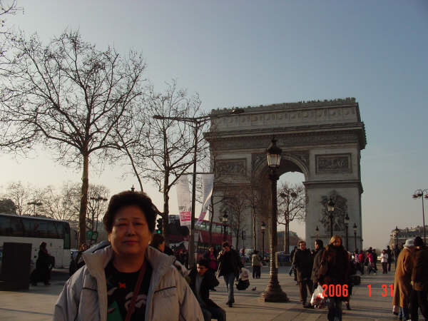 0131-10 巴黎凱旋門.JPG