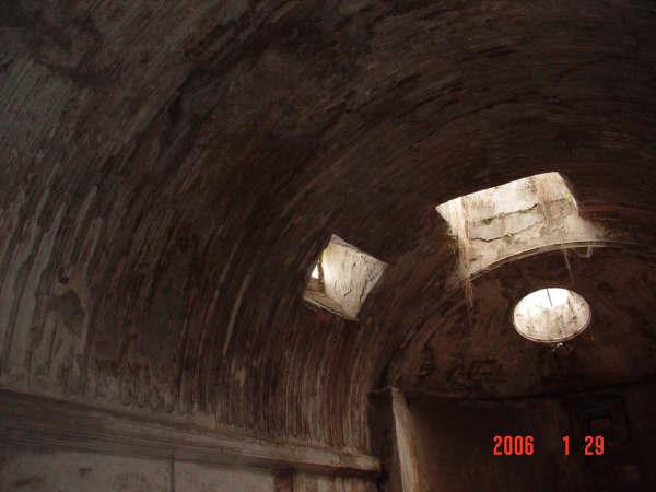 0129-61 龐貝(公共浴池-天花板滴水刻紋).JPG