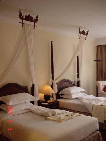 16 Hotel's room.JPG