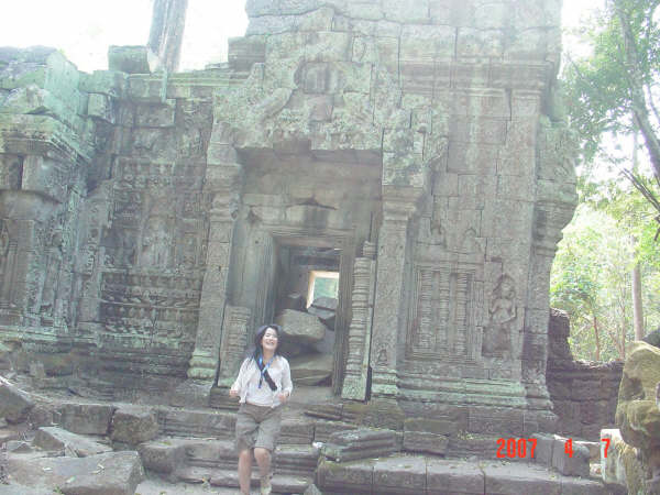 013 塔普倫廟(蘿拉就是從這跑出來唷~).JPG