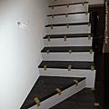 雙色感的樓梯