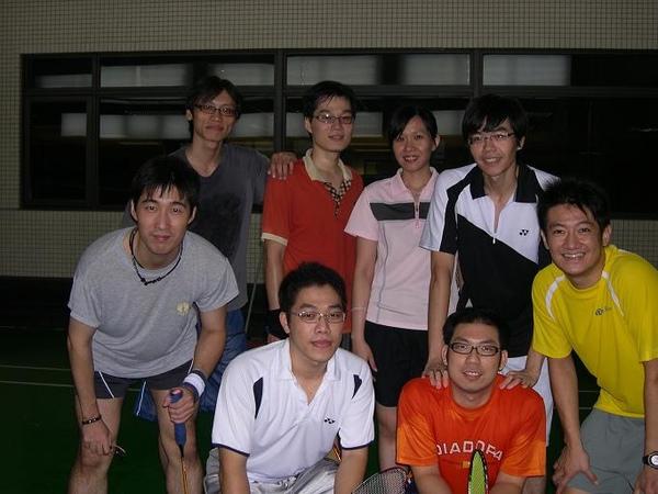 971021_公司球場合照.JPG