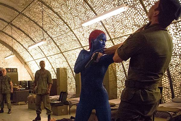 Xmen-mystique-fight