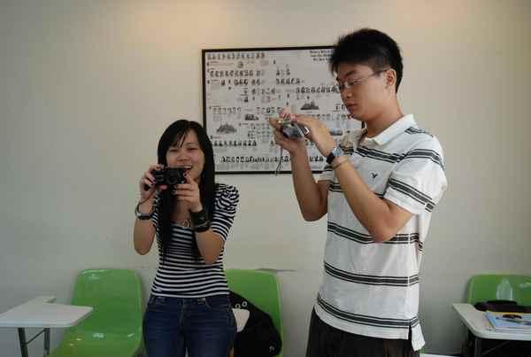 04兩人在測試相機喔.jpg