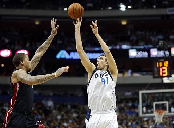 Dirk vs heat 2