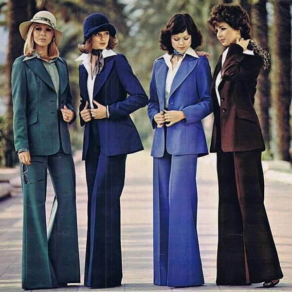 inkr-七0年代一年四季每個人都該有的穿搭-高腰喇叭褲-06.jpg
