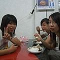 承玫&億文&芷寧在吃黑糖剉冰