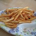 沾了梅子粉的薯條