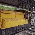 047_ 廢棄的小火車頭2