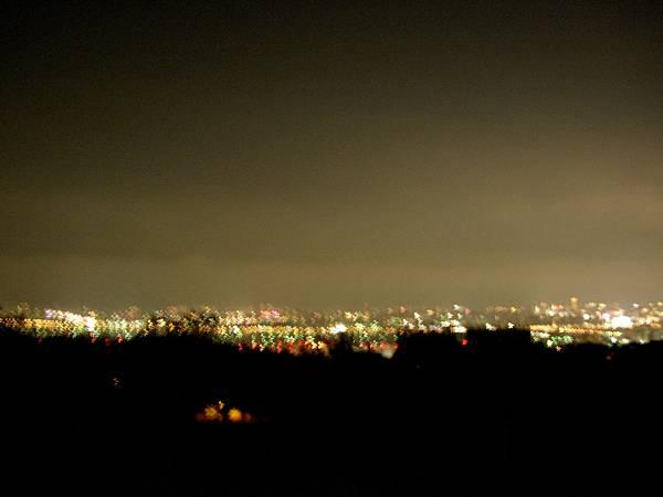 050_照失敗的都會公園夜景1
