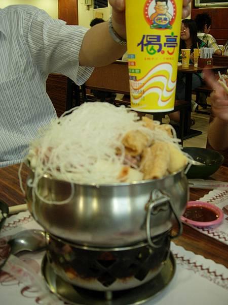 065_滿出來的偈亭牛肉鍋1