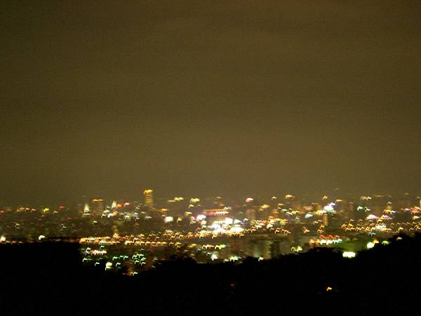 052_照失敗的都會公園夜景3