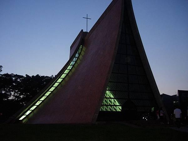 049_路思義教堂側面