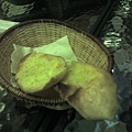 026_很大塊的香蒜麵包