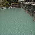 007_溪畔水壩2