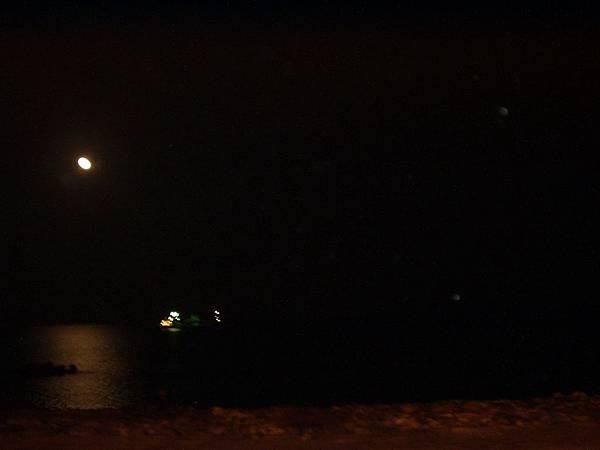 036_南濱夜市的月光