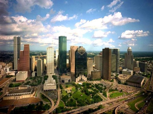 houston-skyline-590x442.jpg