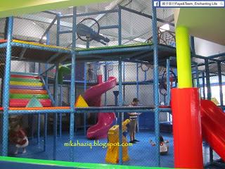 002-Singapore-Kids.JPG