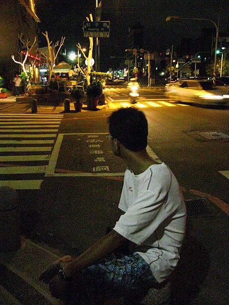 夜晚的臺南街頭