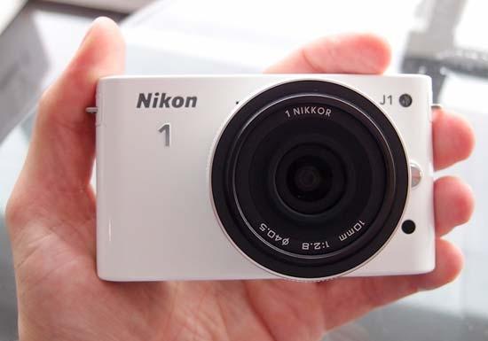 nikon_j1_hands_on-550x385.jpg