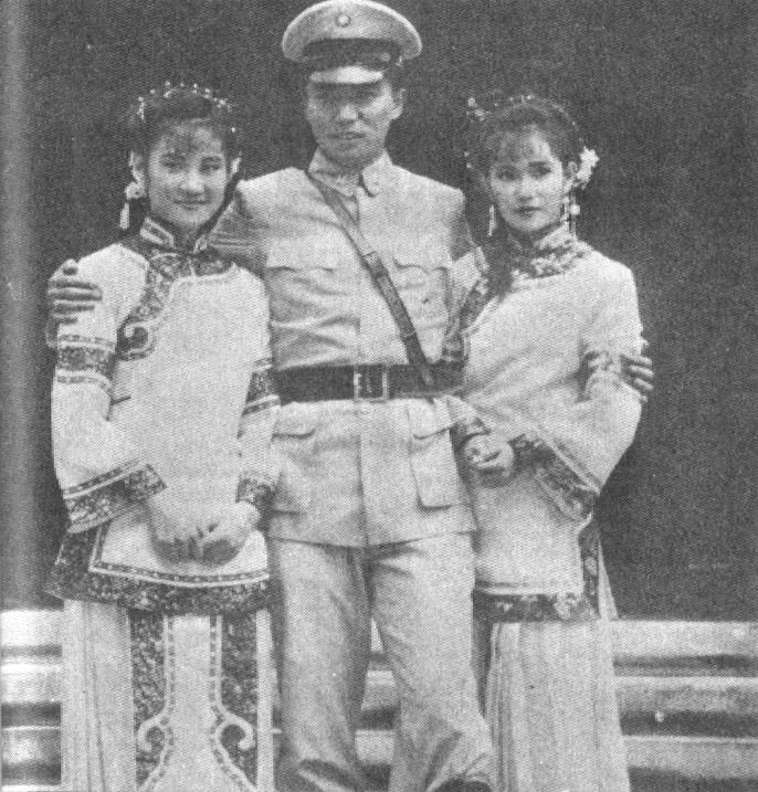 大將軍與小鳳仙N41902.jpg